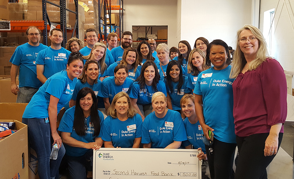 Duke Energy employees at Second Harvest Food Bank
